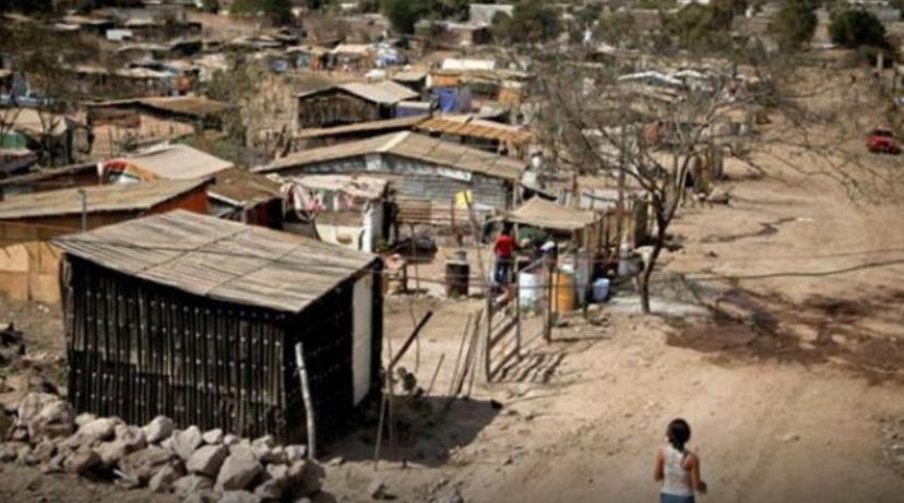 Hogares hondureños bajo el umbral de pobreza imagen