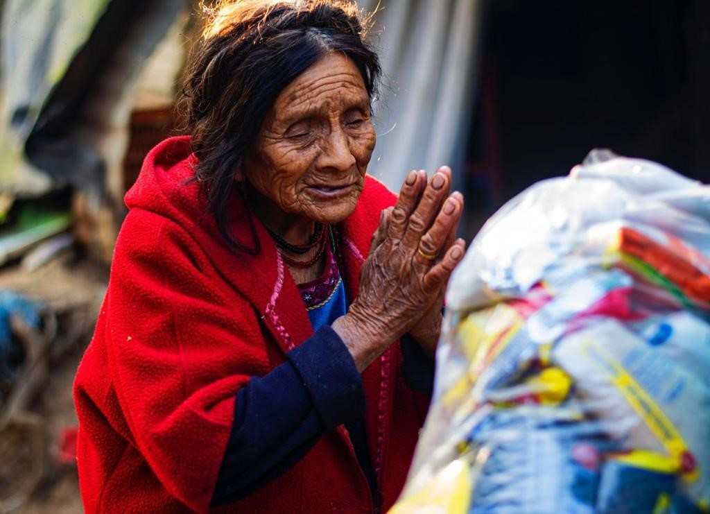 El virus no detuvo las ganas de ayudar: 2000 bolsas, 50 comunidades y 11 niñas imagen