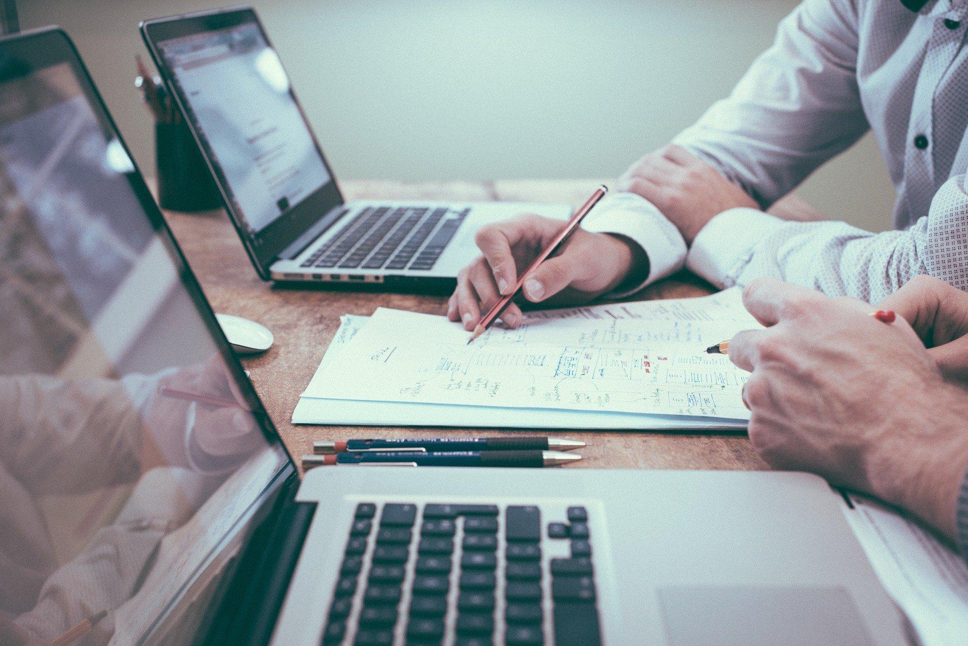 Conoce cómo Dux Analytics puede ayudar a tu emprendimiento con el análisis de datos imagen