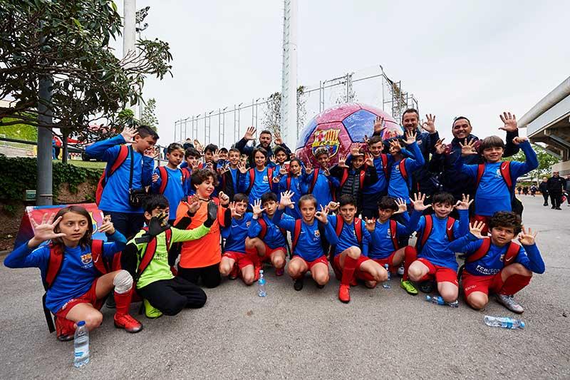 Niños guatemaltecos podrán jugar en el FC Barcelona imagen