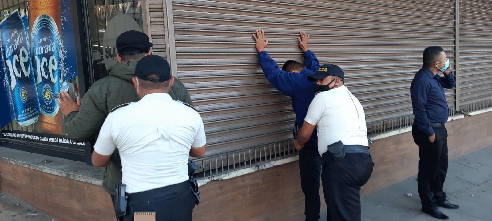 Migración y PNC investigan tramitadores en Centro de Emisión de Pasaportes imagen